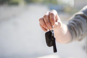 kredyty samochodowe - kluczyki do samochodu